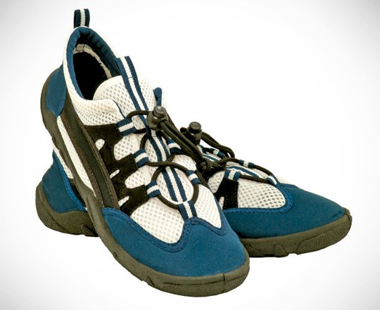 Tusa-Aqua-Shoe.jpg
