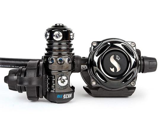 MK25A700-Black-Tech-DIN