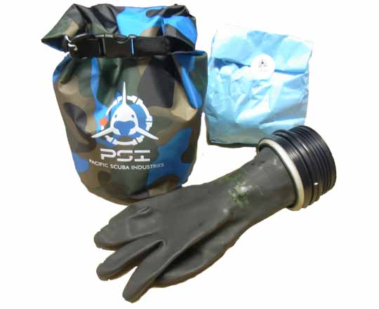 PSI-Canada-Glove-Set-Dry-Bag