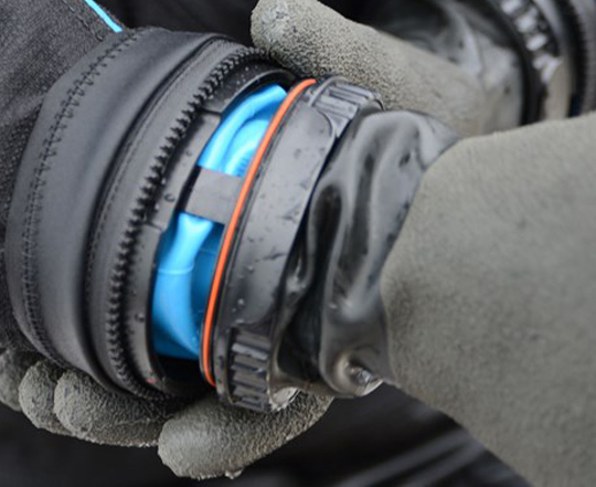 Antares-Dry-Glove
